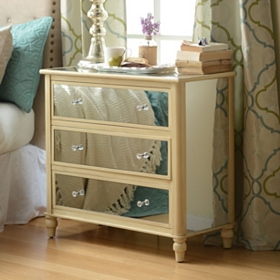 Ivory Mirrored 3-Drawer Chest