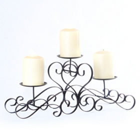 Scrolling Heart Tiered Candle Runner