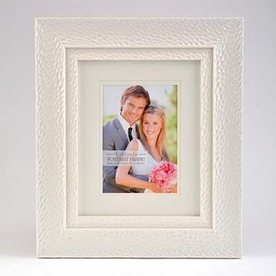 White Layered Pearl Picture Frame, 5x7