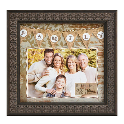 Burlap Pennant Family Picture Frame 5x7
