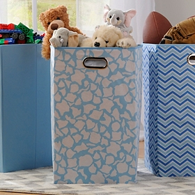 Light Blue Giraffe Print Laundry Basket