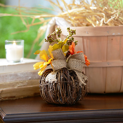 Fall Daisies Rattan Pumpkin Arrangement