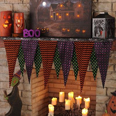 Halloween Pennant Mantel Scarf