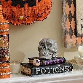 Skull & Spellbook Statue