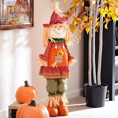 Plush Scarecrow Girl Statue