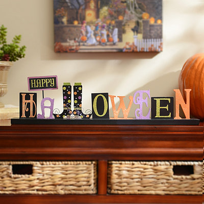 Happy Halloween Decorative Plaque