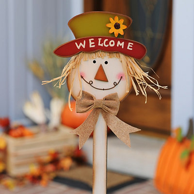 Welcome Scarecrow Yard Stake