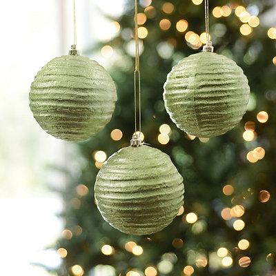 Green Wavy Metallic Ornament, Set of 3