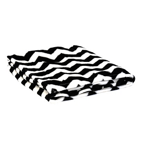 Black & White Chevron Throw Blanket