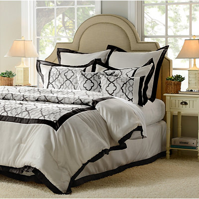 Black Marrakech 8-pc. Queen Comforter Set