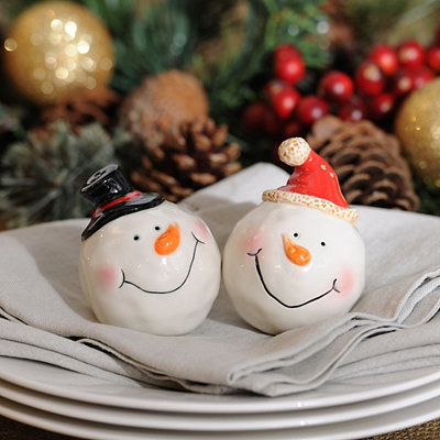 Smiling Snowman Salt and Pepper Shakers
