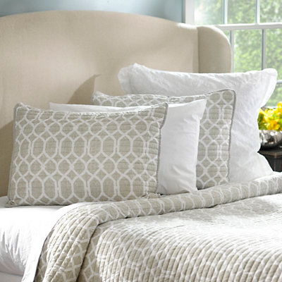 Taupe Geometric 3-pc. Queen Quilt Set