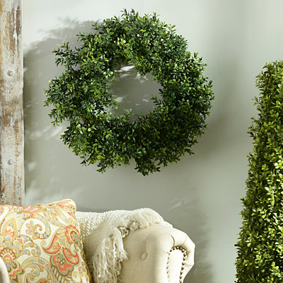 Boxwood Wreath, 20 in.