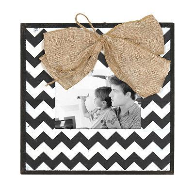 Black & White Chevron Picture Frame, 5x7