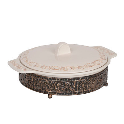 Danbury Baking Dish and Metal Scroll Stand