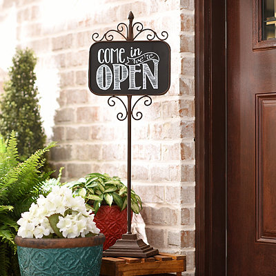 Open & Closed Metal Standing Sign