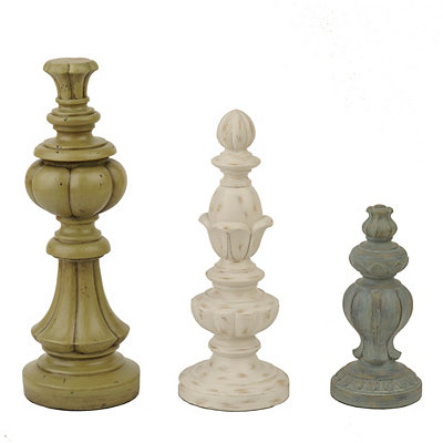Distressed Cottage Finial Statues, Set of 3