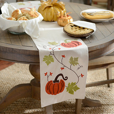 Fall Pumpkins Table Runner
