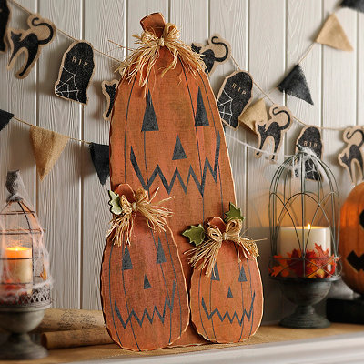 Happy Pumpkin Trio Statue