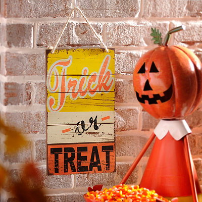 Trick or Treat Retro Wooden Sign