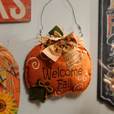 Welcome Fall Pumpkin Wall Hanger