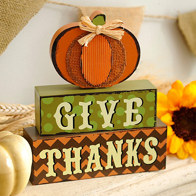 Give Thanks Word Block Statue
