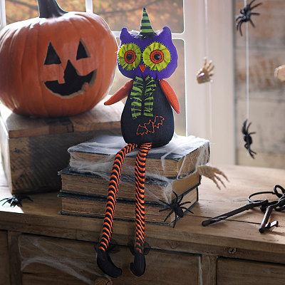 Plush Halloween Owl Shelf Sitter