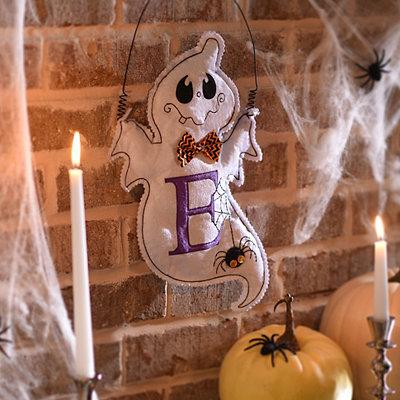 Spooky Ghost Monogram E Wall Hanger