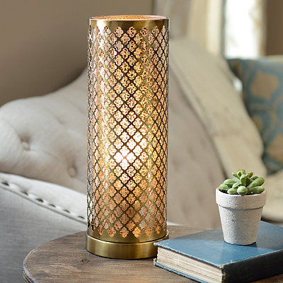 Antique Gold Quatrefoil Uplight