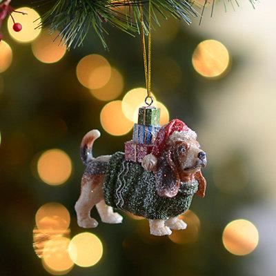 Present Puppy Basset Hound Ornament