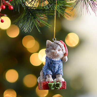 Christmas Cat with Present Ornament