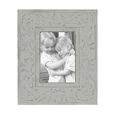 Carved White Wooden Picture Frame, 5x7