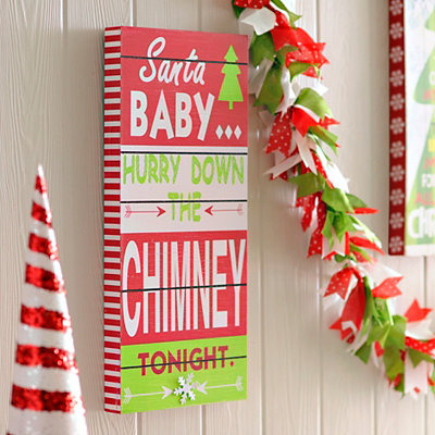 Hurry Down the Chimney Wooden Plaque