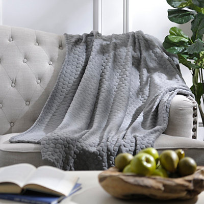 Pebble Dot Gray Plush Throw Blanket