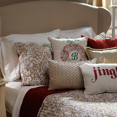 Red Velvet and Paisley 3-pc. King Quilt Set