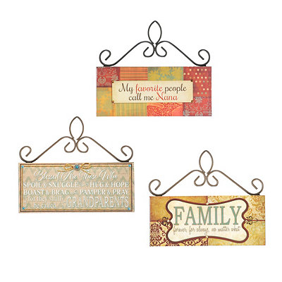 Patterned Scroll Top Plaques