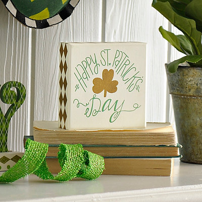 Happy St. Patrick's Day Box Sign