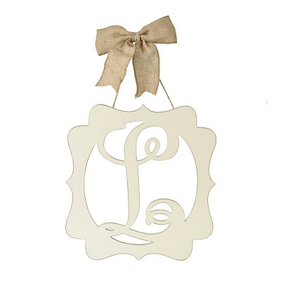 Scalloped Cream Monogram L Wall Plaque