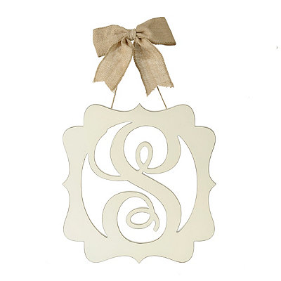 Scalloped Cream Monogram S Wall Plaque