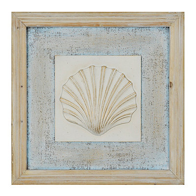 Distressed Scallop Shell Wooden Plaque