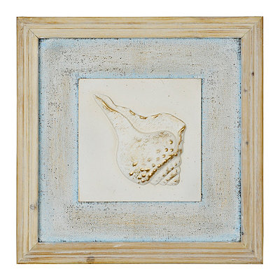 Distressed Conch Shell Wooden Plaque