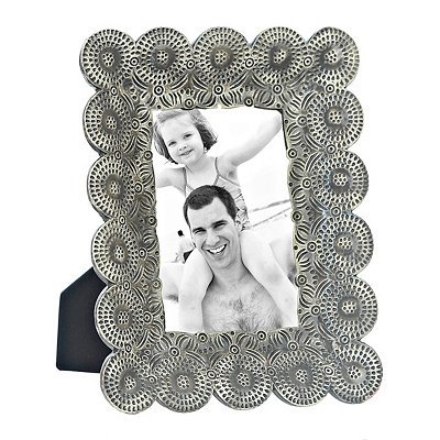 Harper Scalloped Gray Picture Frame, 4x6
