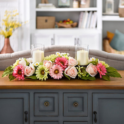 Rose and Daisy Centerpiece