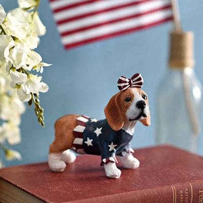 Patriotic Beagle Statue