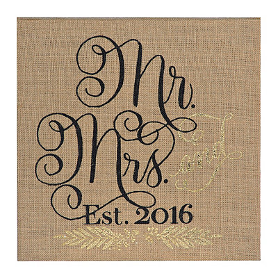 Burlap Burlap Mr. and Mrs. 2016 Wall Plaque