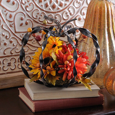 Bronze Twist Metal Pumpkin Arrangement
