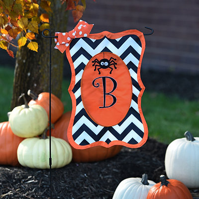Chevron Spider Monogram B Flag Set