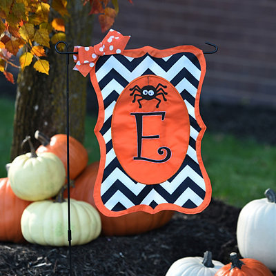 Chevron Spider Monogram E Flag Set