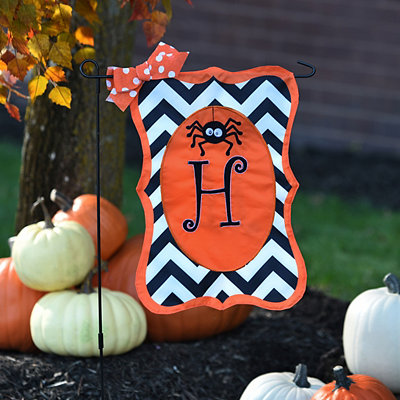 Chevron Spider Monogram H Flag Set