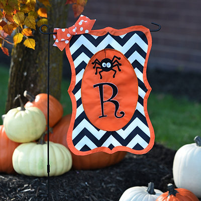 Chevron Spider Monogram R Flag Set